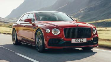 新的Bentley飞行Spur V8推出了542BHP