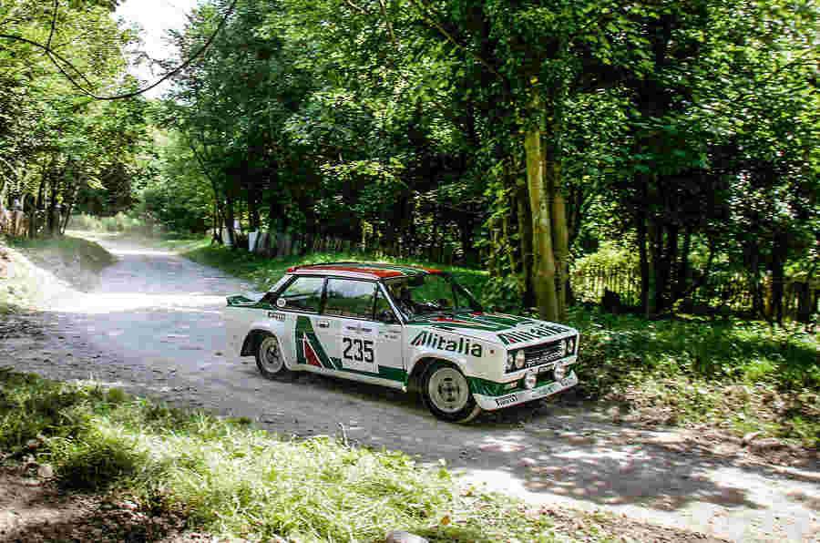 Fiat 131 Abarth Rally汽车道路测试,1978年11月4日 - 周四回落