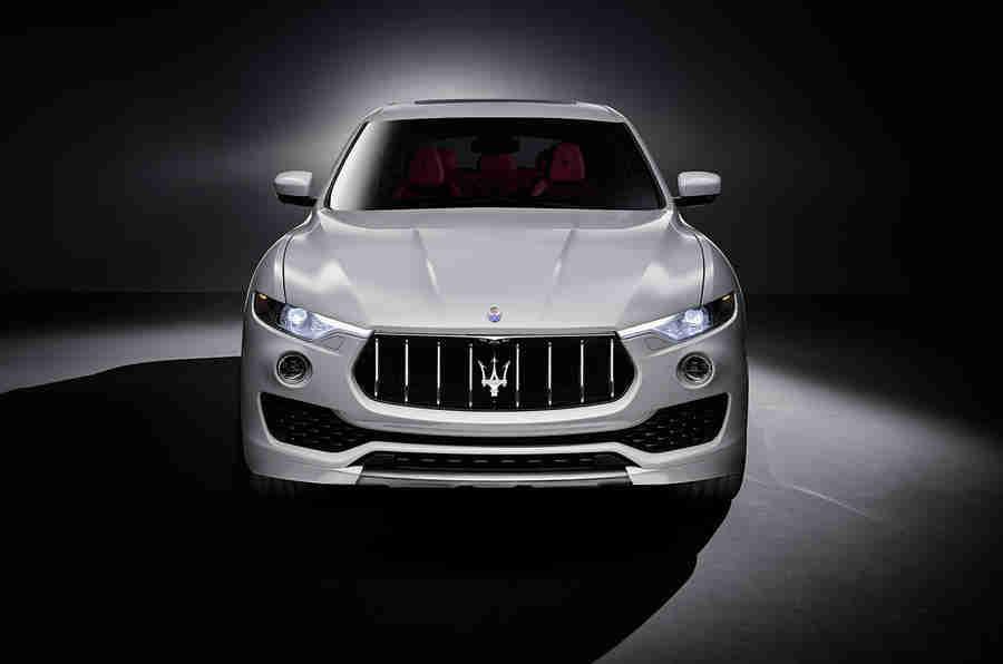 2016 Maserati Levante SUV在官方图像中显示